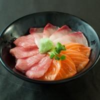 連鎖餐廳生魚片丼飯生菌數超標 定食8中標