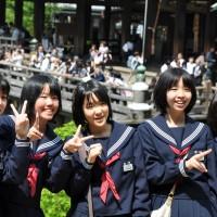 日本棕髮女孩被迫染黑髮 控訴學校