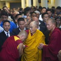 達賴喇嘛:穆斯林恐怖分子或基督教恐怖分子 並不存在