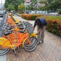 Taipei to make cyclists pay for the towing away of illegally parked bicycles