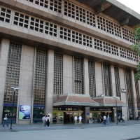 Taipei Railway Station provides place for homeless to store their belongings