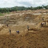 窮國產巨鑽 獅子山又發現476克拉鑽石