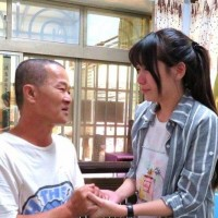 Thankful Taiwanese foster daughter finally finds her foster parents after 20 years