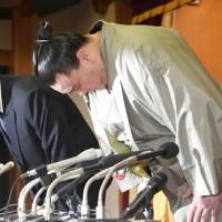 酒後動粗 相撲力士宣布辭職