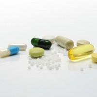 研究:補充鈣片和維他命D錠 恐無助預防骨折