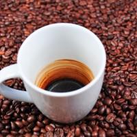 喝咖啡恐致癌?美國加州要求業者加「警語」