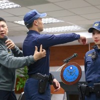Taiwanese police to change into navy-blue new uniform