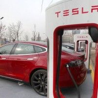 Tesla Motors opens new electric charge station in Kaohsiung