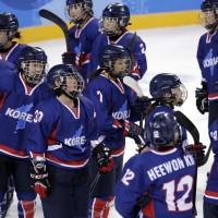 冬奧南北韓女子冰球聯隊連輸兩場出局
