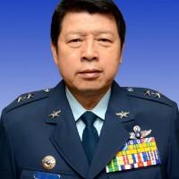 國防部長今交接 張哲平中將出任空軍司令