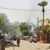 布基納法索恐怖攻擊 蓋達友好組織承認犯行