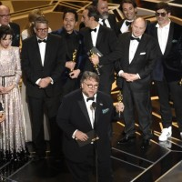 強敵環伺《水底情深》勇奪奧斯卡最佳影片等四獎
