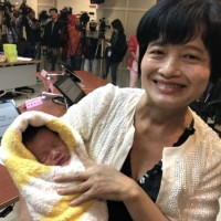 62-year-old Taiwanese woman successfully gives birth
