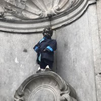 Manneken-Pis 'the peeing boy' dressed in Taiwan's Hakka clothes
