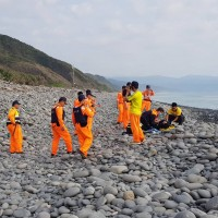 Two Vietnamese dumped by smugglers found dead on Taiwan's East Coast