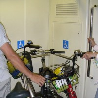 Taipei Metro to allow passengers to ride with their bicycles on weekdays on a trial basis