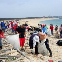 Clean-up campaigns held around Taiwan ahead of Earth Day