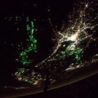 NASA夜景照:東南亞海域過度捕撈 威脅海洋資源