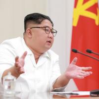 美媒:北韓潛水艇厰似乎還在運作
