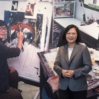 鄭問紀念展開幕 蔡英文:要讓漫畫產業成為臺灣前進世界的文化實力