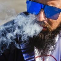 法案過了!加拿大將准娛樂用大麻