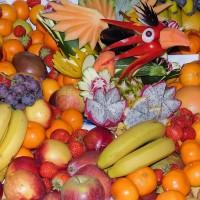 夏天水果健康吃 紅肉火龍果含花青素與鐵