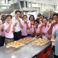 Taiwan hosts baking workshop for six allies from the Pacific