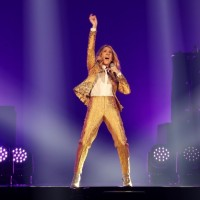 Celine Dion sings in Taiwanfor the first time ever