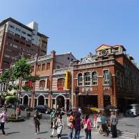 Taipei mayor: Goal of designating Dihua St. as a pedestrian zone on Sundays is to make money