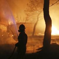 希臘森林大火 50人死亡 逾百人受傷