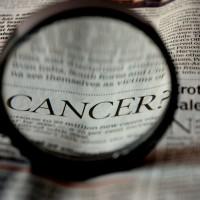 空污增加肺部負擔 胸痛聲音沙啞關節痛恐是肺癌作祟