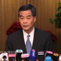 Ex-HK chief likens Hong Kong and Taiwan independence supporters to 'criminals and terrorists'