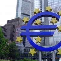 Global growth under threat from US tariffs: ECB