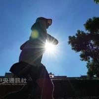 今7縣市易有逾36度高溫 「摩羯」颱風直接影響台灣機率低