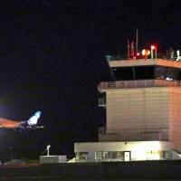 【最新】航空公司地勤企圖自殺 偷開飛機意外墜毀