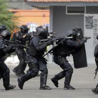 為亞洲運動會粉飾太平?印尼警察屠殺77輕犯