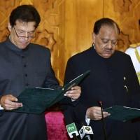 巴基斯坦新總理宣誓就職 經濟治安難題兩面夾攻