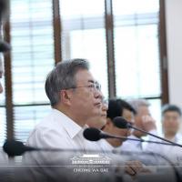 文在寅女兒帶小孩移民東南亞 引發南韓反對黨激烈批評