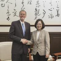 Taiwan-China tension least of Chinese issues for US: survey
