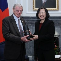 Pro-Taiwan Inhofe likely to succeed McCain at head of Senate Armed Services Committee