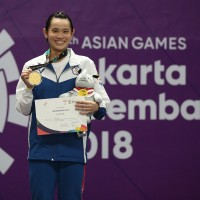 Taiwan's Tzu-yingtakes gold, shrugs off loaded question by Chinese reporter
