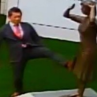 Video shows Japanese nationalist kick comfort woman statue in southern Taiwan