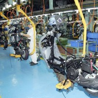 Manufacturing sector posts sales growth for 7th straight quarter in Q2