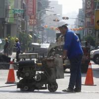 勞保費率明年調漲 1027萬名勞工受影響
