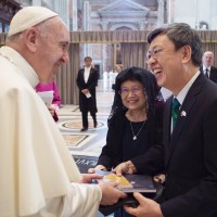 Taiwan considers sending vice president to Vatican