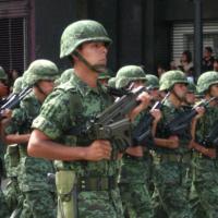 墨西哥軍隊進攻警察局 逮捕3名幹部