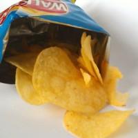 英國郵政:不要再把洋芋片包裝袋丟進郵筒了!
