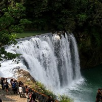 Shifen Waterfall in New Taipei to close one hour earlier in the next eight months