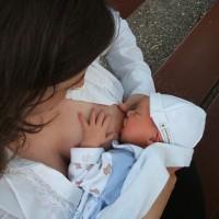 【揭開母乳迷思】感冒、服藥後不能餵母乳?