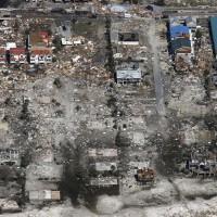 颶風邁克爾肆虐佛羅里達 6人死亡、多棟房屋遭吹翻